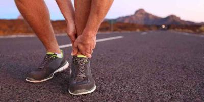 怎么判断踝关节韧带撕裂