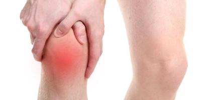膝关节有弹响是怎么回事