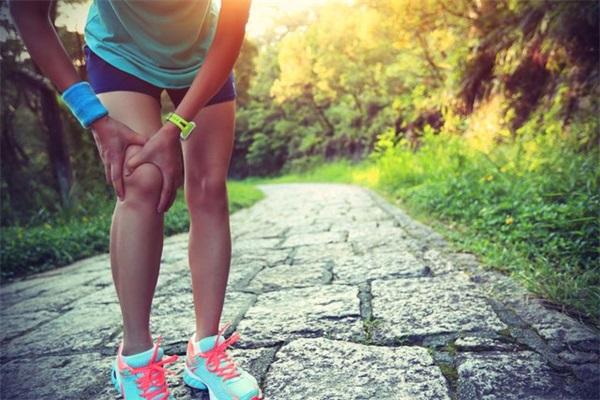 膝关节炎的治疗方法.JPG
