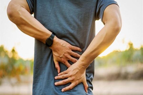 脊椎关节炎的症状.jpg